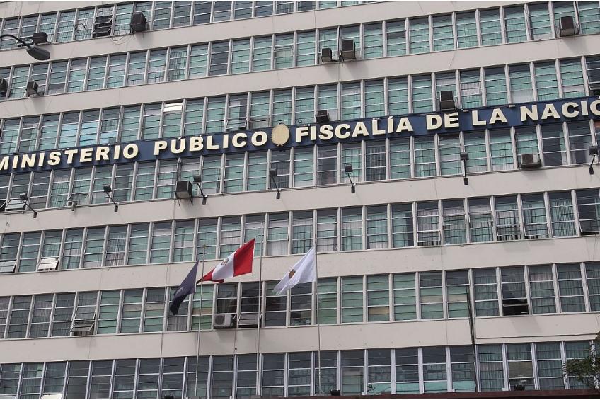 Perú: fiscal abre indebidamente investigación por sedición a periodistas de Willax Tv