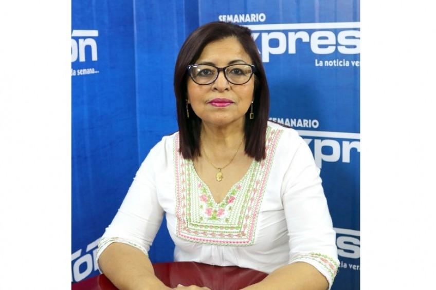 Perú: secretaria de juzgado querella a periodista Rosa Chambergo