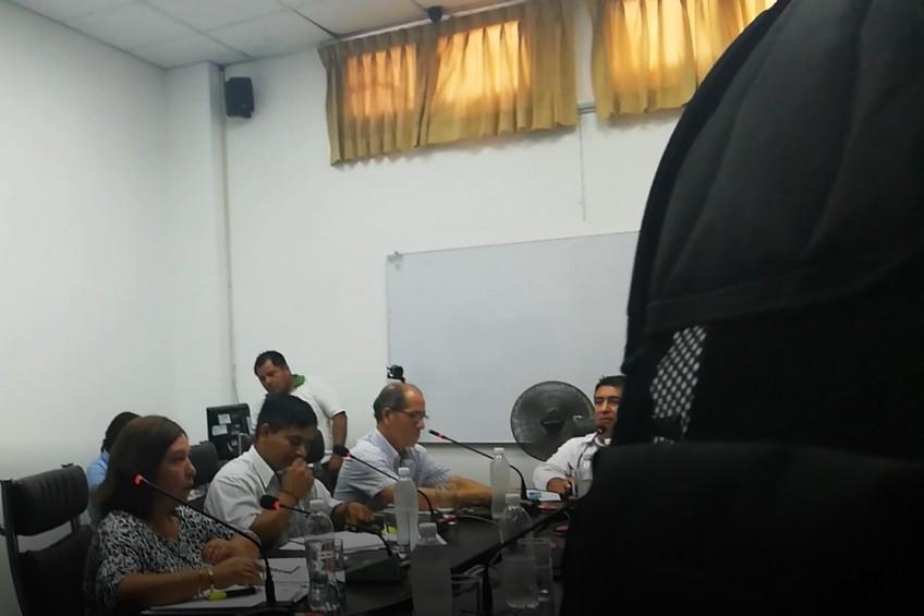 Perú: funcionarios municipales impiden ingreso de periodistas a las sesiones de concejo