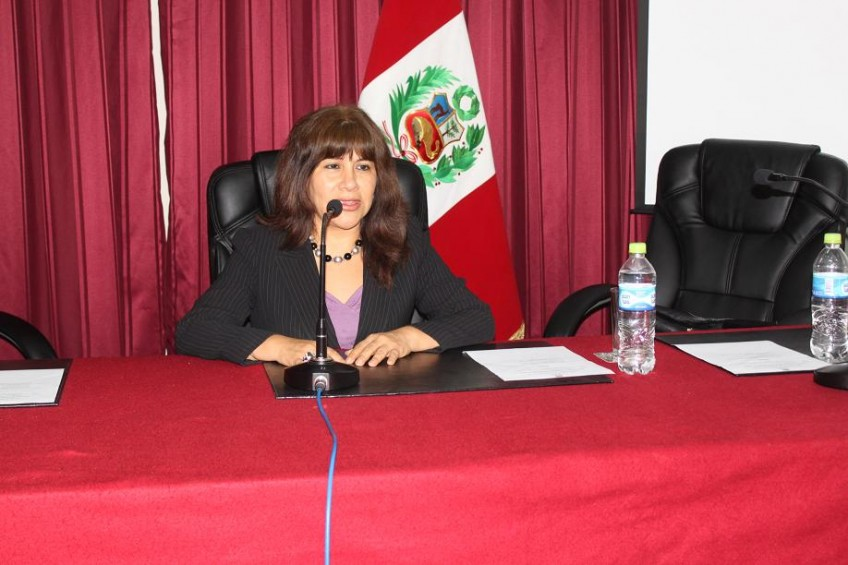 Perú: Jueza querella a periodista
